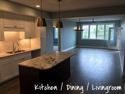 Beautiful New Condo Downtown Traverse City with Partal View of the Bay