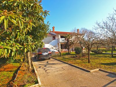 Photo for Vacation home Valbandon for 5 persons with 2 bedrooms - Holiday apartment