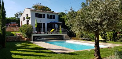 Photo for Renovated villa with heated pool and air conditioning