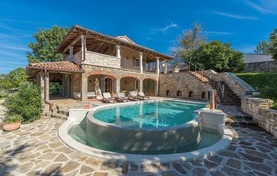 Photo for Villa with Private Pool in Paradise - Barat