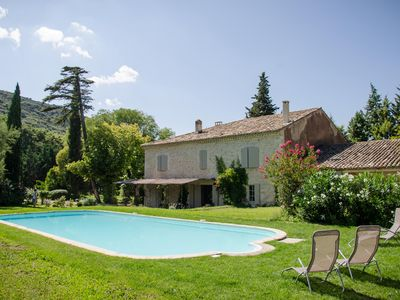 Photo for 5BR House Vacation Rental in Maubec, Provence-Alpes-Côte-D'Azur