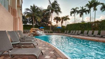 Photo for Updated Unit w/ Comfy King Bed In Perfect Location! Beautiful Pool & Hot Tub