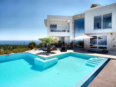 Photo for Luxurious new villa with spectacular sea views