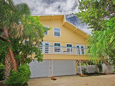 Photo for Beautiful Canal Front Property! Castaways Home