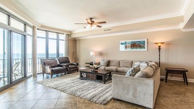 Photo for 5th FLOOR! Phoenix West w/ Lazy River and Water Slide. Spring Deals!