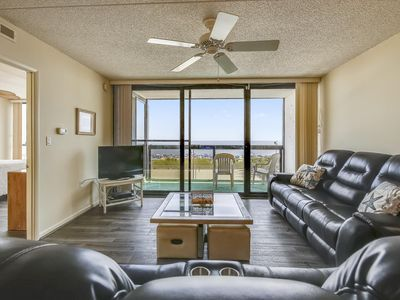 DAILY ACTIVITIES & LINENS INCLUDED*! Direct oceanfront Indoor/outdoor pool, game room, exercise room, on site convenience shop, large sundeck and more, this building will be a hit with the whole family. This condo is equipped with a full kitchen, washer/dryer, dishwasher, microwave, 3TV's,DVD, Free