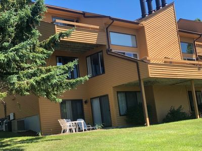 Clubhouse with gym, pool, sauna, and hot tub <2 min walk