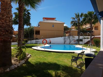 Photo for 2 bedroom apartment with pool, only 400m from the beach