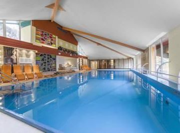 Family-Friendly 1BR Condo Nearby the Alps Ski Slopes w/ Indoor Heated Pool!