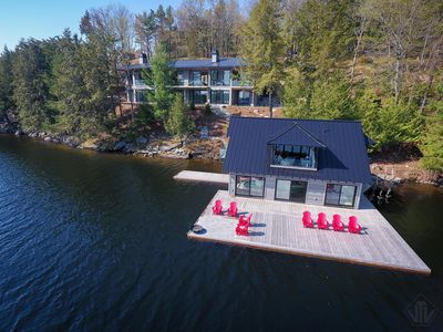 Photo for Contemporary Muskoka Luxury