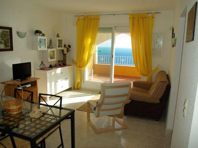 Photo for Sea View Bungalow with Pool