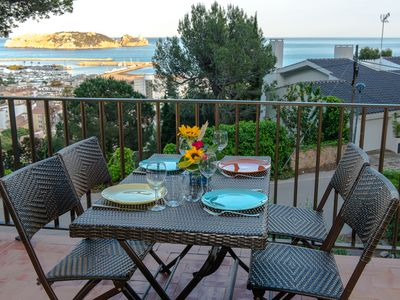 Photo for HOUSE ENTIRELY RENOVATED - QUALITY BENEFITS - BEAUTIFUL VIEW OF THE SEA