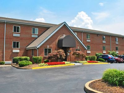 Photo for 1 bedroom accommodation in Maryland Heights
