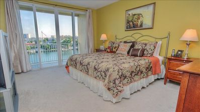 Elegant, Intra-coastal Townhome with Rooftop Terrace and Boat Slip!