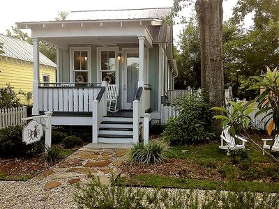 Photo for The Cottage on the Square - Downtown Ocean Springs