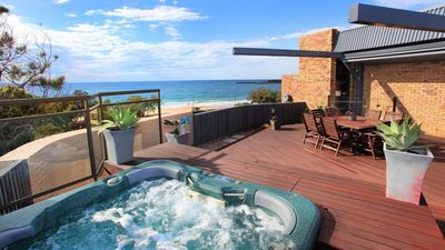 Photo for Jedda Unit 5 - 3 Bedroom with Private Rooftop Spa+Bbq and FREE WIFI!