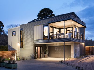 Photo for Allure - Architecturally designed 4 bedroom getaway!