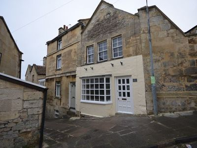Photo for 2 bedroom Cottage in Bradford-on-Avon - 31970
