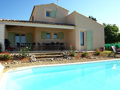 Photo for 4 bedroom Villa, sleeps 8 in Saint-Saturnin-lès-Apt with Pool and WiFi