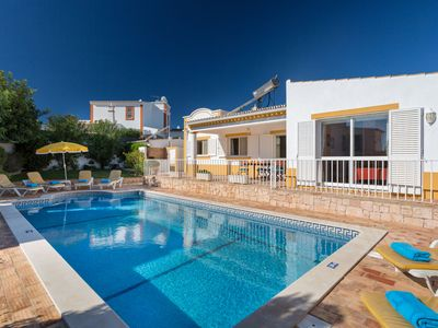Photo for This 3-bedroom villa for up to 6 guests is located in Guia, Albufeira and has a private swimming poo