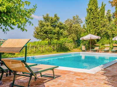 Photo for Pastoral apartment with shared pool, barbecue area & terrace!