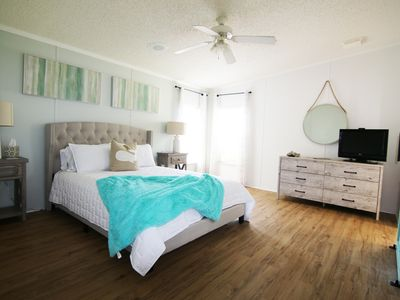 Photo for NEW! $90/NT for SEPT & OCT Super cute! 4 min drive to beach!