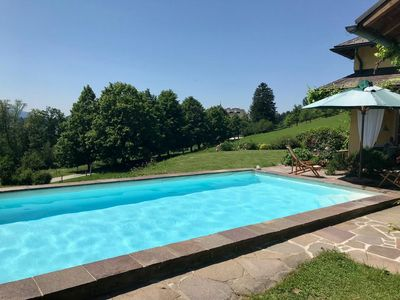 Visit Salzburg and  have the feeling of escaping to the countryside with a pool!