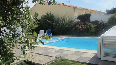 Photo for Pretty house very appreciated, calm, close to sea, private swimming pool, 3 *