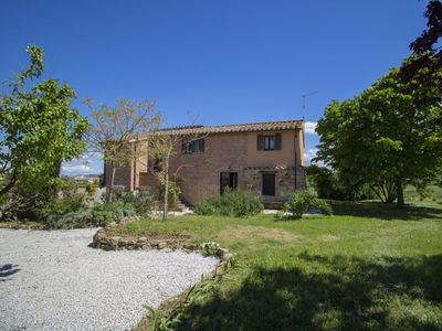 Photo for Beautiful private villa for 6 guests with WIFI, private pool, TV, pets allowed and parking
