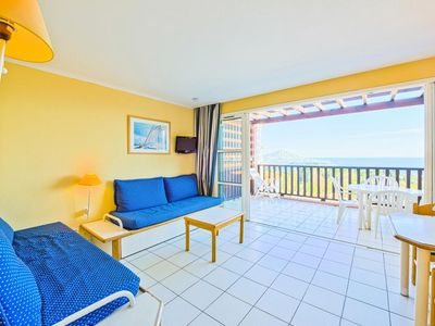 Photo for 1BR Apartment Vacation Rental in Saint-Raphael