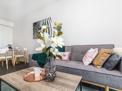 Photo for 2Mins to Brisbane CBD | Funky Style 1Bed+CAR SPACE