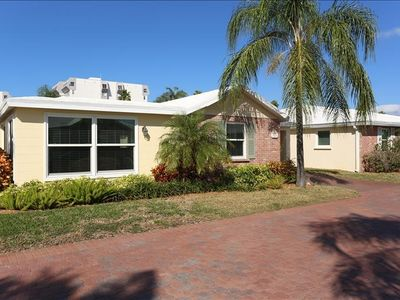 Photo for Horizons West #C-3 on Siesta Key 2 Bedroom Villa Beachside at Horizons West