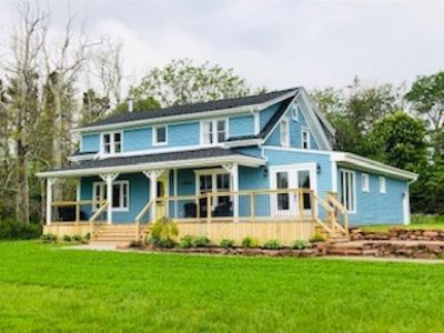 Photo for Newly Renovated Waterfront Home Close to Victoria & South Shore Beach