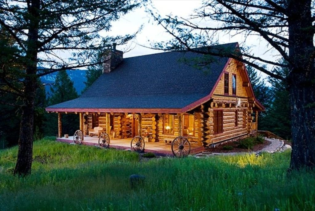 Luxury quintessential montana retreat s vrbo for Log cabin retreat