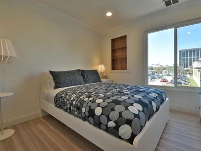Photo for 1BR Apartment Vacation Rental in Santa Ana, California
