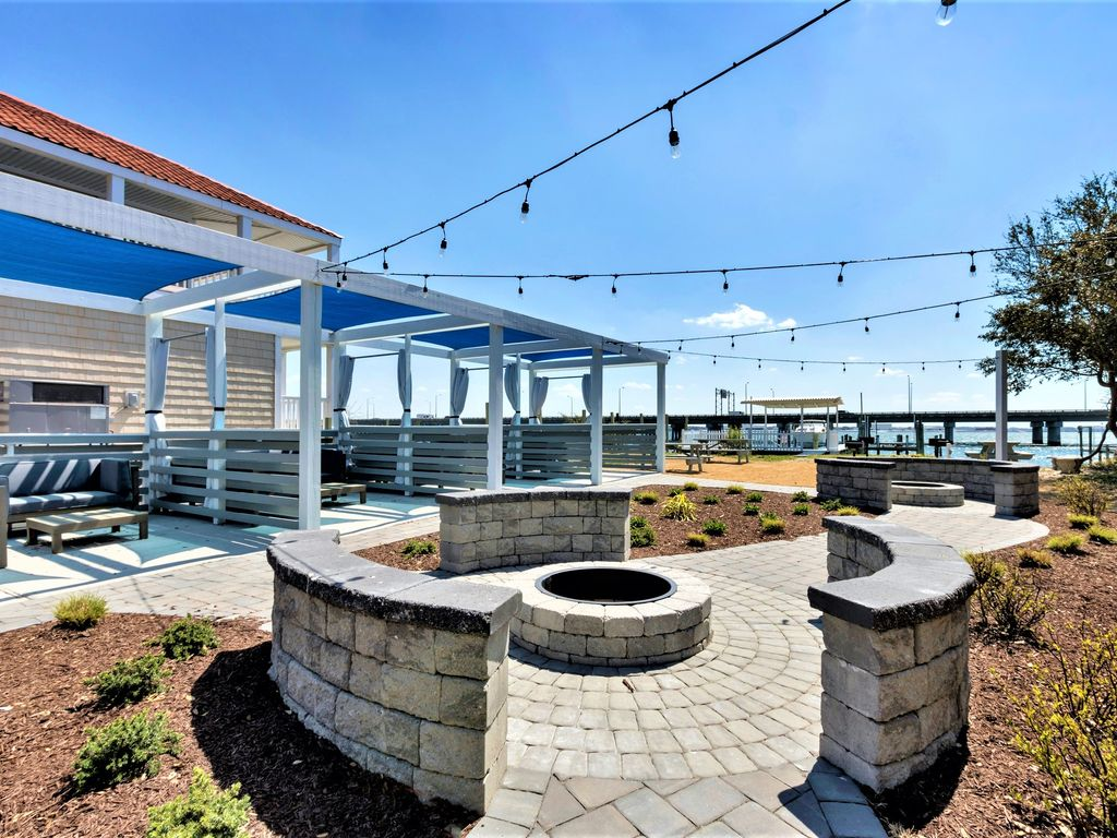 Pet Friendly Vacation Rentals In Portsmouth Va Bring Fido