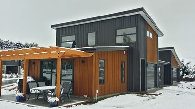 Photo for Shotover Gold Apartment central to ski fields - underfloor heating