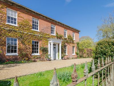 Photo for The Great House - Six Bedroom House, Sleeps 12