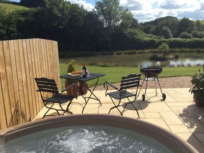 Private hot-tub and idyllic rural setting