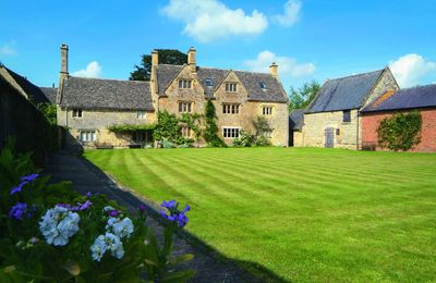 Photo for Willington Manor Farmhouse is a classic 17th century Grade II listed Cotswold farmhouse.