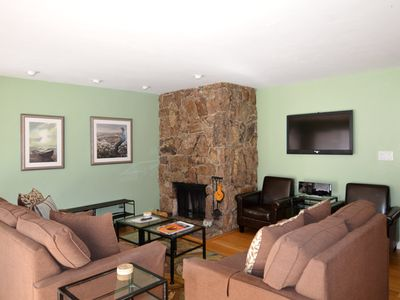 Photo for 2 bedroom condo, only blocks from downtown Aspen.  Silverglo307