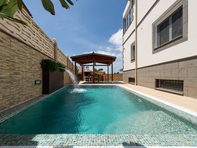 Photo for STUNNING VILLA WITH PRIVATE HEATED POOL AND JACUZZI. 10px