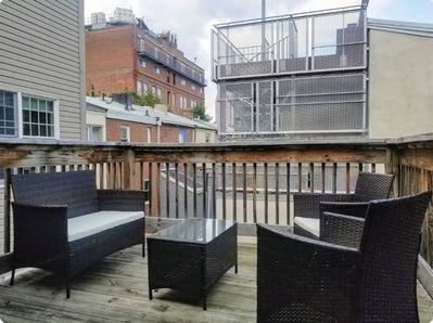 Wondrous This Townhouse Is A 3 Bedroom S 2 5 Bathrooms Located In Philadelphia Pa Center City Interior Design Ideas Gentotryabchikinfo