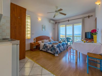 Photo for One bedroom apartment with balcony and sea view Crikvenica