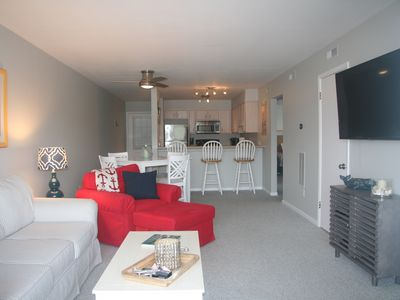 Photo for LOCATION! Bright & Sunny Beach Condo Retreat