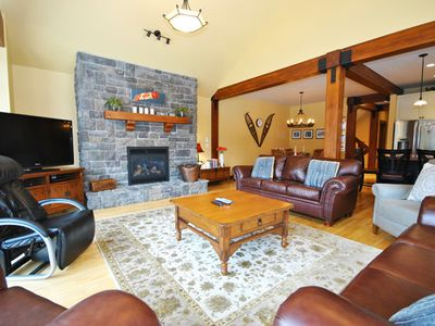 Photo for 4BR House Vacation Rental in Sun Peaks, BC
