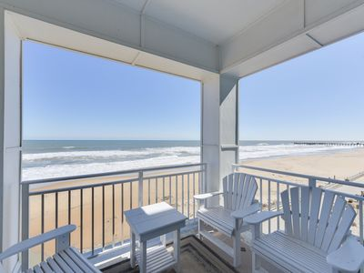 Photo for Beautiful Oceanfront Luxury Condo on the Beach!