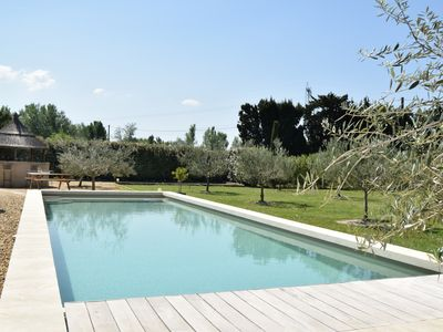 Photo for Mazet des Chutes - Mazet montagnette wifi piscine - Villa for 4 people in Graveson