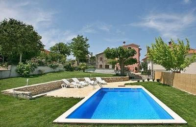 Photo for Holiday house Motovun for 8 persons with 4 bedrooms - Holiday house
