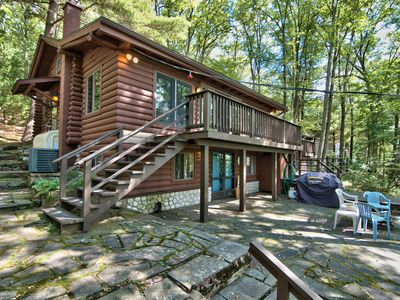 Photo for Wallenpaupack Lakefront Log Home - 3 bedrooms + loft and Central AC